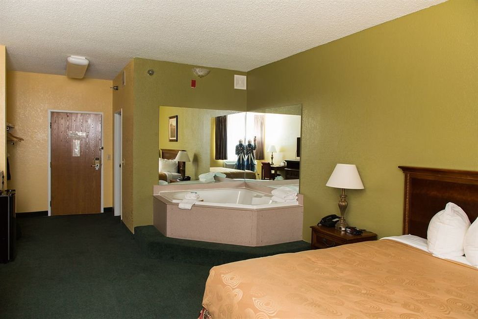 Hotel branson towers hotel branson for 140 broadway 46th floor